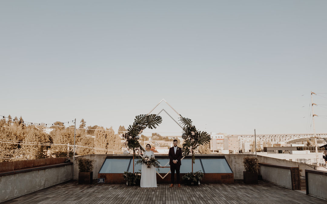 Choosing a Wedding Photographer: Choose one that captures what it feels like.
